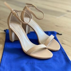 Brand new never worn Stuart Weitzman nude sandal